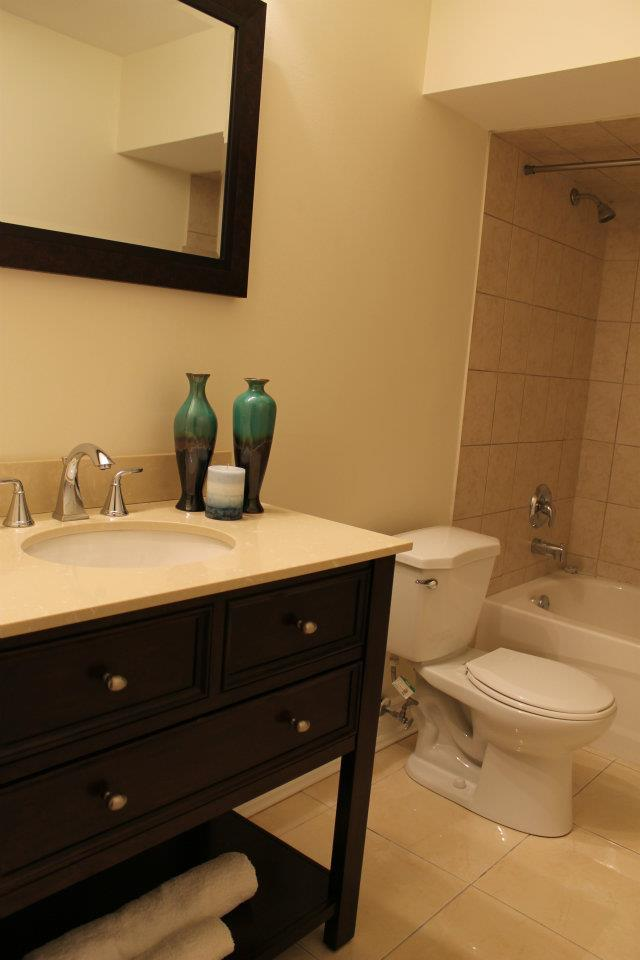Toronto Home Staging Services - Bathroom - 3a