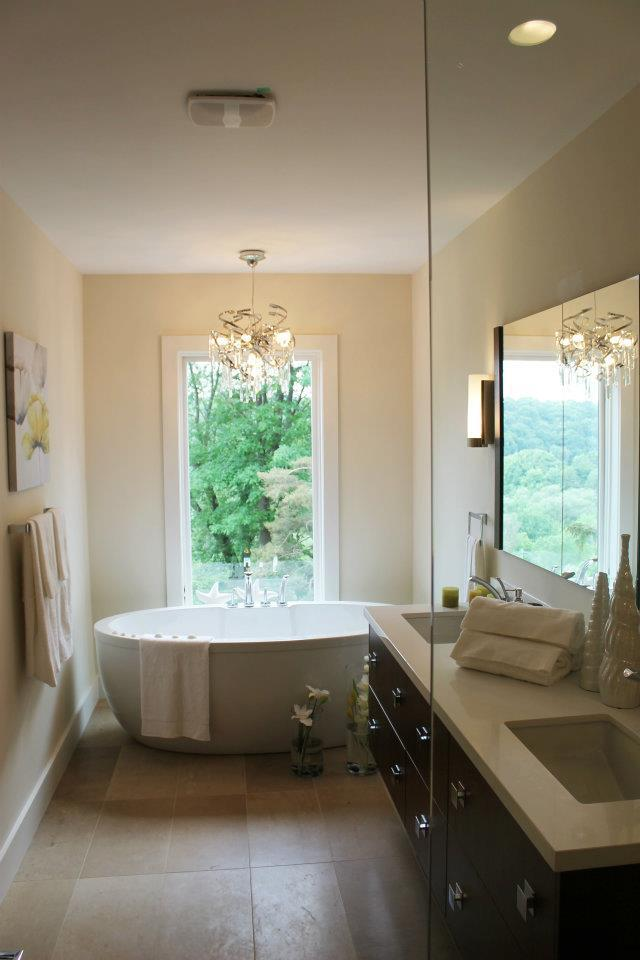 Toronto Home Staging Services - Bathroom - 7a