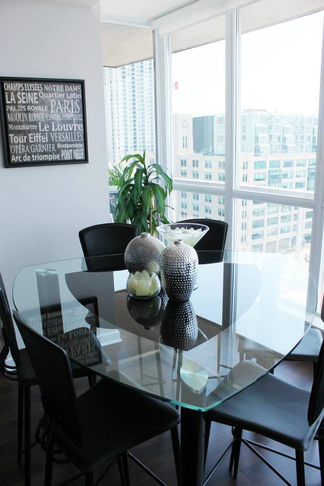 Toronto Home Staging Services-Dining-Room-23a