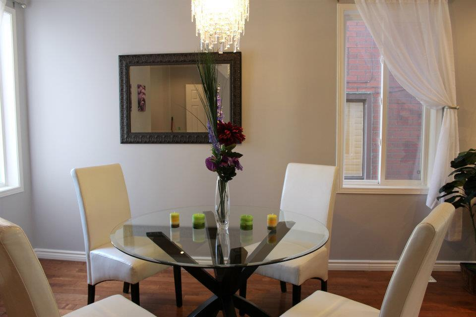 Toronto Home Staging Services-Dining-Room-5a