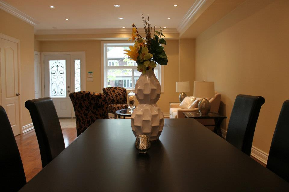 Toronto Home Staging Services-Dining-Room-8a